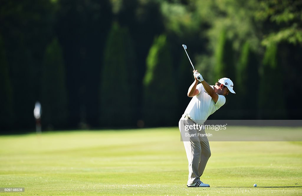 <a gi-track='captionPersonalityLinkClicked' href=/galleries/search?phrase=Richard+Sterne&family=editorial&specificpeople=243113 ng-click='$event.stopPropagation()'>Richard Sterne</a> of South Africa plays a shot during the second round of the Tshwane Open at Pretoria Country Club on February 12, 2016 in Pretoria, South Africa.