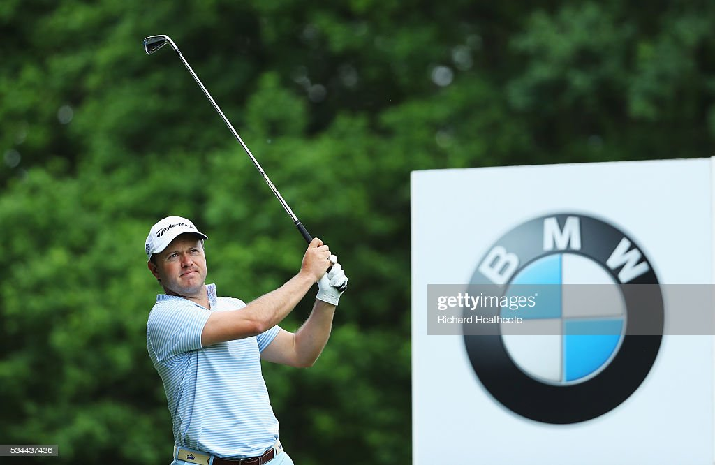 <a gi-track='captionPersonalityLinkClicked' href=/galleries/search?phrase=Richard+Sterne&family=editorial&specificpeople=243113 ng-click='$event.stopPropagation()'>Richard Sterne</a> of South Africa tees off during day one of the BMW PGA Championship at Wentworth on May 26, 2016 in Virginia Water, England.