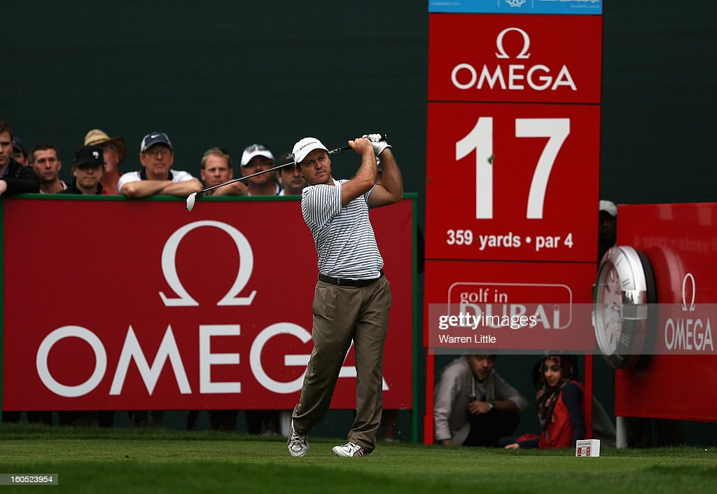 Richard Sterne of South Africa tees off on the 17th hole during the third round of the Omega Dubai Desert Classic at Emirates Golf Club on February 2, 2013 in Dubai, United Arab Emirates.