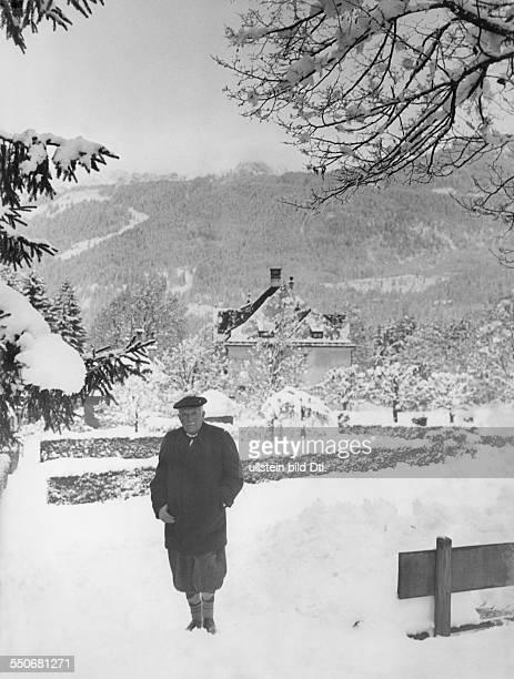 Richard Strauss in front of his house at Garmisch