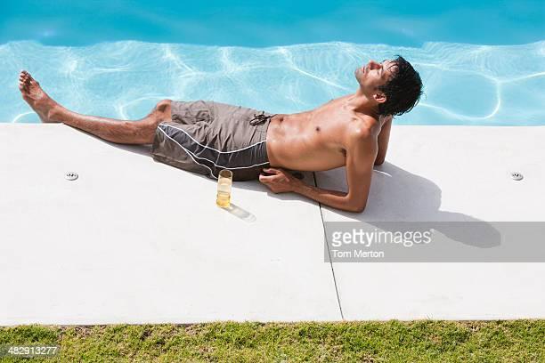 Richard piscine haut POV 00 h 13