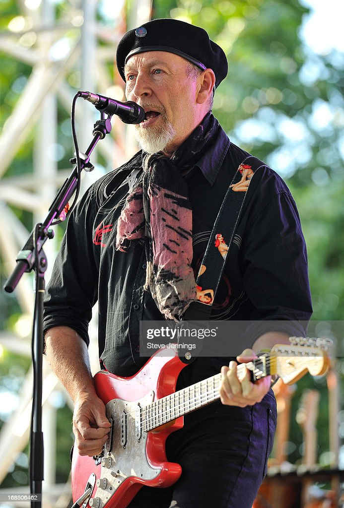 <a gi-track='captionPersonalityLinkClicked' href=/galleries/search?phrase=Richard+Thompson+-+Musician&family=editorial&specificpeople=5492425 ng-click='$event.stopPropagation()'>Richard Thompson</a> performs on Day 1 of the BottleRock Napa Valley Festival at Napa Valley Expo on May 9, 2013 in Napa, California.