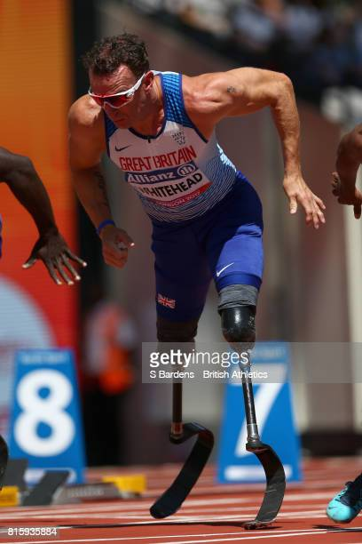 Richard Whitehead of Great Britain competes in the Men's 100m T42 Round 1 Heat 1 during Day Four of the IPC World ParaAthletics Championships 2017...