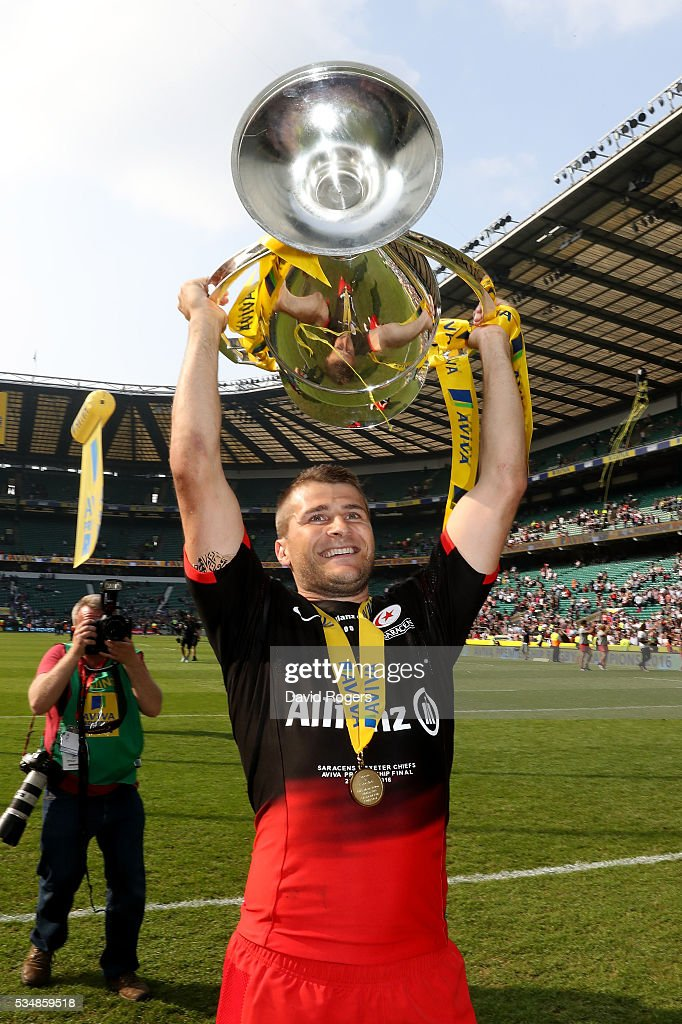 <a gi-track='captionPersonalityLinkClicked' href=/galleries/search?phrase=Richard+Wigglesworth&family=editorial&specificpeople=553815 ng-click='$event.stopPropagation()'>Richard Wigglesworth</a> of Saracens celebrates with the trophy after the Aviva Premiership final match between Saracens and Exeter Chiefs at Twickenham Stadium on May 28, 2016 in London, England.