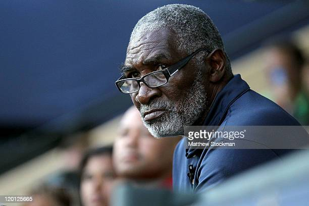 Richard Williams watches his daughter Serena Williams play Sabine Lisicki of Germany during the Bank of the West Classic at the Taube Family Tennis...