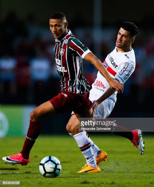 Richarlison of Fluminense and Marinho of Sao Paulo in action during the match between Sao Paulo and Fluminense for the Brasileirao Series A 2017 at...