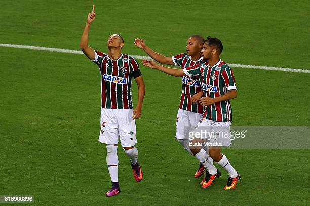 Richarlison of Fluminense celebrates a scored goal against Vitoria during a match between Fluminense and Vitoria as part of Brasileirao Series A 2016...