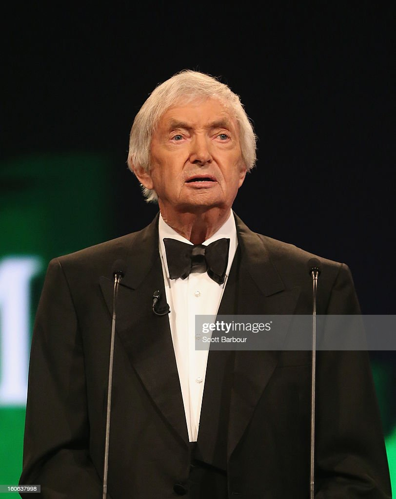 <a gi-track='captionPersonalityLinkClicked' href=/galleries/search?phrase=Richie+Benaud&family=editorial&specificpeople=239080 ng-click='$event.stopPropagation()'>Richie Benaud</a> speaks during the 2013 Allan Border Medal awards ceremony at Crown Palladium on February 4, 2013 in Melbourne, Australia.