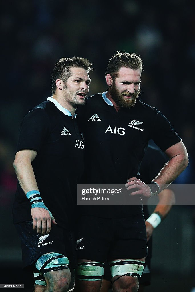 Richie McCaw and Kieran Read celebrate after winning the Rugby Championship match between the New Zealand All Blacks and the Australian Wallabies at...