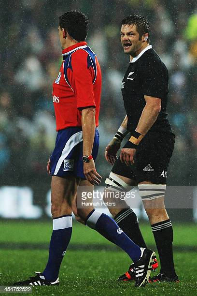 Richie McCaw of the All Blacks complains to the referee during The Rugby Championship match between the New Zealand All Blacks and Argentina at...
