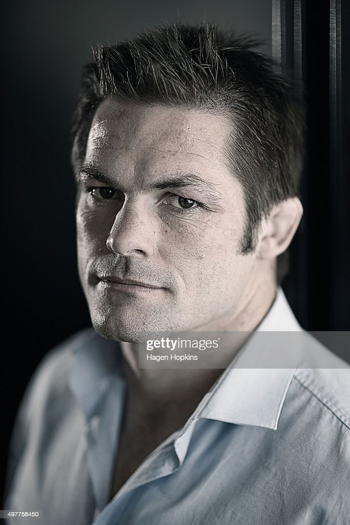 <a gi-track='captionPersonalityLinkClicked' href=/galleries/search?phrase=Richie+McCaw&family=editorial&specificpeople=165235 ng-click='$event.stopPropagation()'>Richie McCaw</a> poses during a media conference to announce his retirement from rugby at New Zealand Rugby House on November 19, 2015 in Wellington, New Zealand.