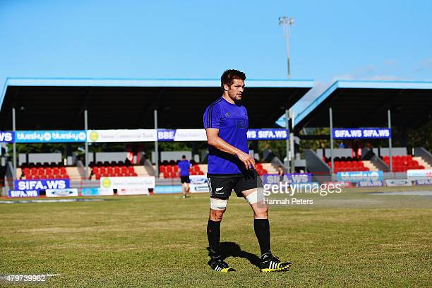 Richie McCaw walks off the field during a New Zealand All Blacks Captain's Run at Apia Park on July 7 2015 in Apia Samoa