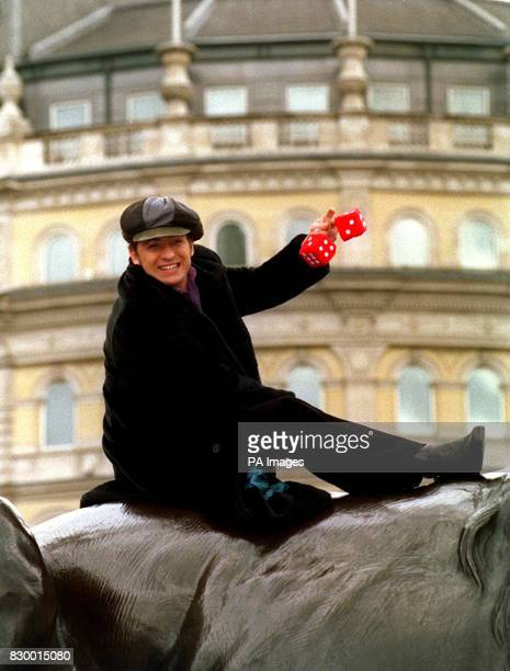 Richie PROMOTES THE NEW MUSICAL 'BOOGIE NIGHTS' AT A PHOTOCALL IN LONDON'S TRAFALGAR SQUARE