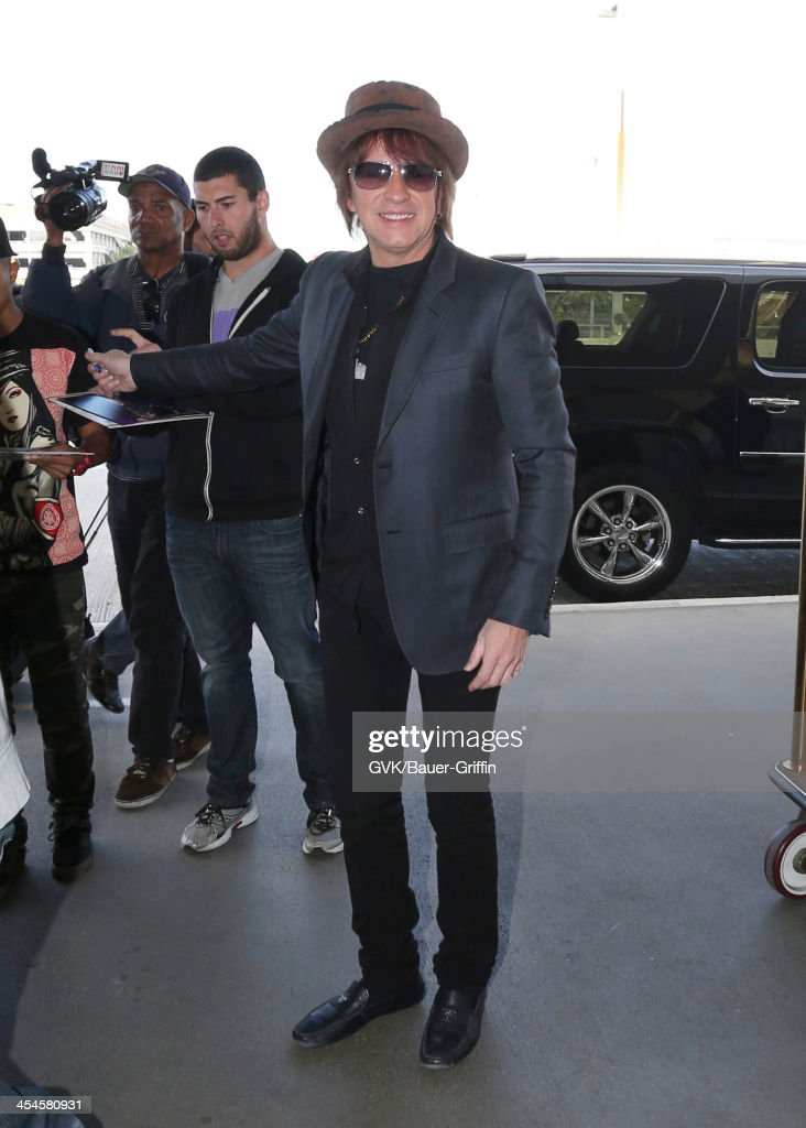 <a gi-track='captionPersonalityLinkClicked' href=/galleries/search?phrase=Richie+Sambora&family=editorial&specificpeople=204195 ng-click='$event.stopPropagation()'>Richie Sambora</a> is seen arriving at LAX airport on December 09, 2013 in Los Angeles, California.
