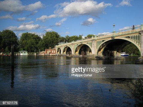 Richmond Lock, river Thames.