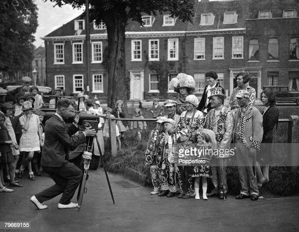 Richmond Surrey 12th June 1930 Costers from London's East End pose for a picture at the Costers Donkey Marathon for London's Pearly Kings and Queens