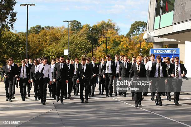 Richmond Tigers players arrive during the public service for Tom Hafey at Melbourne Cricket Ground on May 19 2014 in Melbourne Australia Hafey was a...
