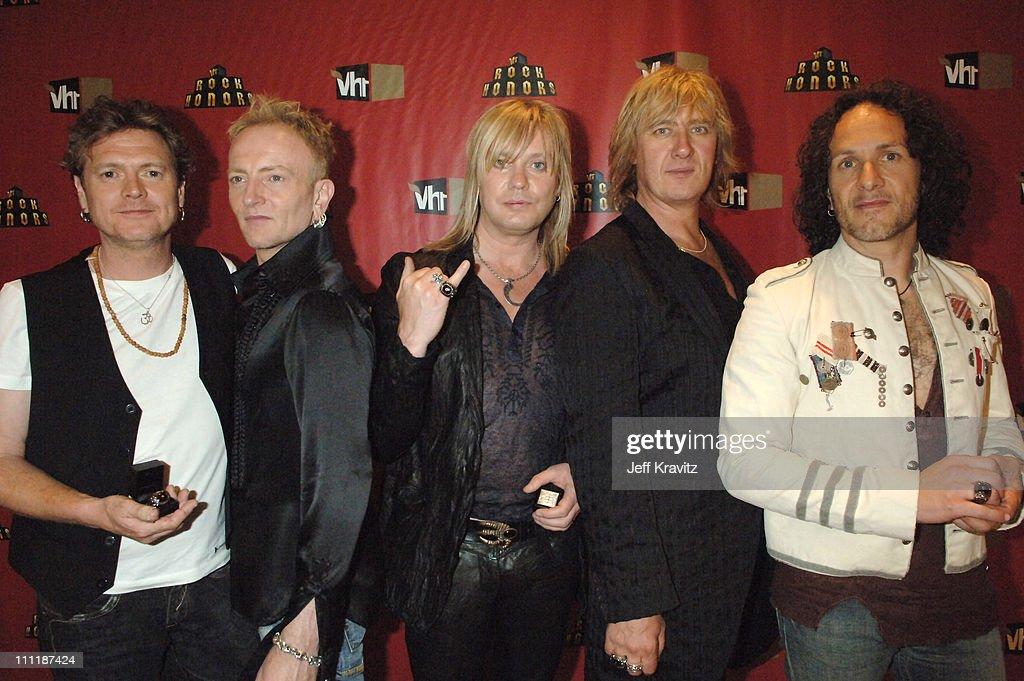 Rick Allen, Phil Collen, Rick 'Sav' Savage, Joe Elliott and Vivian Campbell of Def Leppard