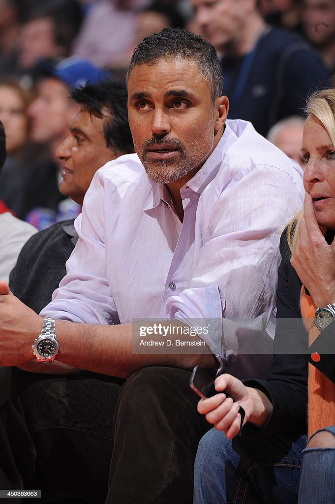 <a gi-track='captionPersonalityLinkClicked' href=/galleries/search?phrase=Rick+Fox&family=editorial&specificpeople=201971 ng-click='$event.stopPropagation()'>Rick Fox</a> attends a game between the Los Angeles Clippers and the Brooklyn Nets on November 16, 2013 at STAPLES Center in Los Angeles, California.