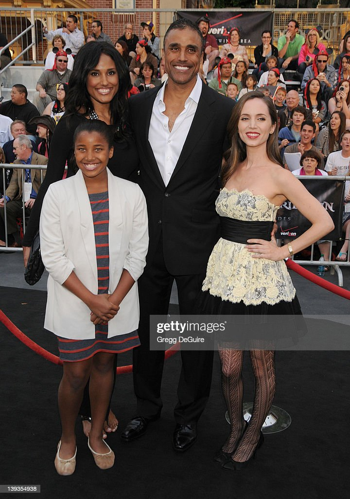 Rick Fox, sister Jeanene Fox, daughter Sasha Gabriella Fox and Eliza Dushku arrive at the World Premiere of 'Pirates of the Caribbean: On Stranger Tides' held at Disneyland on May 7, 2011 in Anaheim, California.