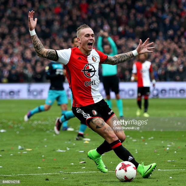 Rick Karsdorp of Feyenoord reacts during the Dutch Eredivisie match between Feyenoord and PSV Eindhoven at De Kuip on February 26 2017 in Rotterdam...