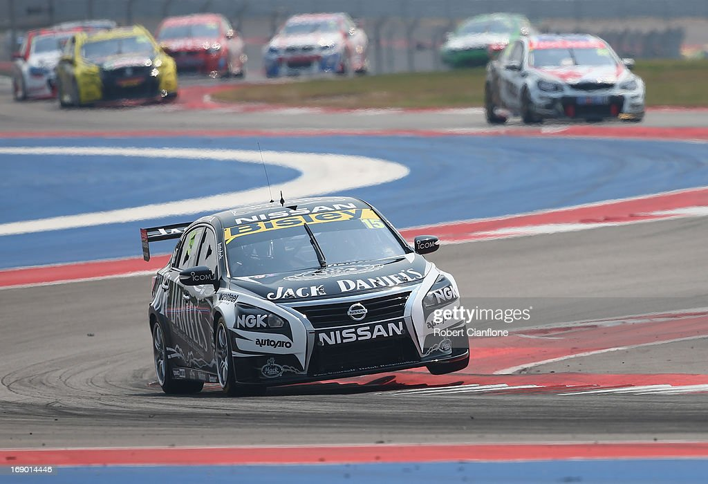 <a gi-track='captionPersonalityLinkClicked' href=/galleries/search?phrase=Rick+Kelly+-+Racerf%C3%B6rare&family=editorial&specificpeople=221331 ng-click='$event.stopPropagation()'>Rick Kelly</a> drives the #15 Jack Daniel's Racing Nissan during race 13 for the Austin 400, which is round five of the V8 Supercar Championship Series at Circuit of The Americas on May 18, 2013 in Austin, Texas.