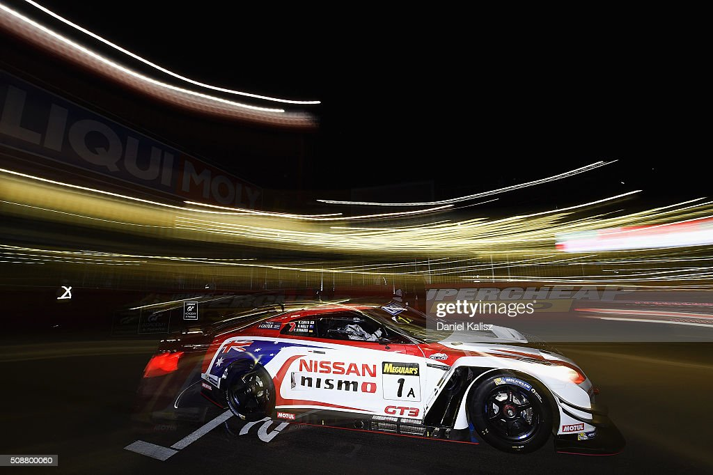 <a gi-track='captionPersonalityLinkClicked' href=/galleries/search?phrase=Rick+Kelly+-+Rennfahrer&family=editorial&specificpeople=221331 ng-click='$event.stopPropagation()'>Rick Kelly</a> drives the #1 Nissan GT-R Nismo GT3 of the Nismo Athlete Global Team during the Bathurst 12 Hour Race at Mount Panorama on February 7, 2016 in Bathurst, Australia.