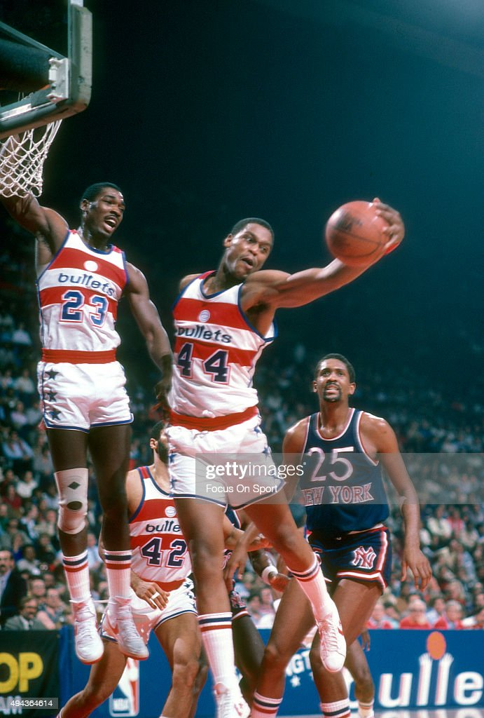 Rick Mahorn of the Washington Bullets grabs a rebound against the New York Knicks during an NBA basketball game circa 1982 at the Capital Centre in...