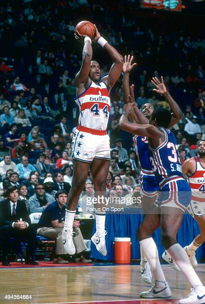 Rick Mahorn of the Washington Bullets shoots over Steve Johnson of the Kansas City Kings during an NBA basketball game circa 1983 at the Capital...