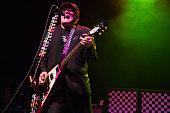 Cheap Trick Perform At The Forum