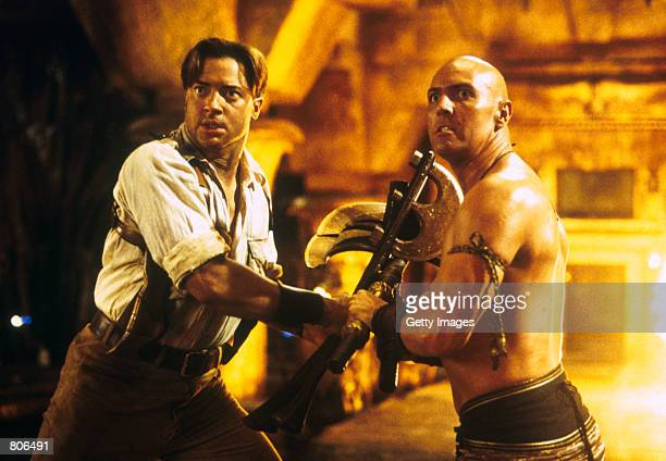 Rick O''Connell and Imhotep face a new threat in 'The Mummy Returns'