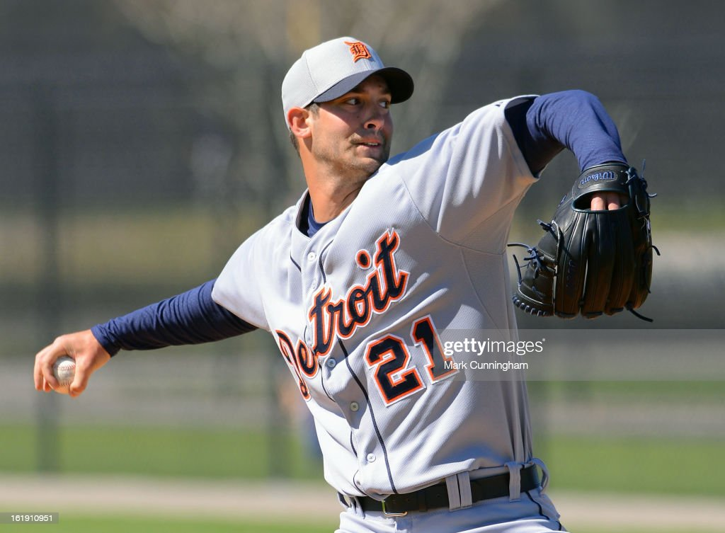 Rick Porcello #21 of the Detroit Tigers pitches during Spring Training workouts at the TigerTown Facility on February 17, 2013 in Lakeland, Florida.