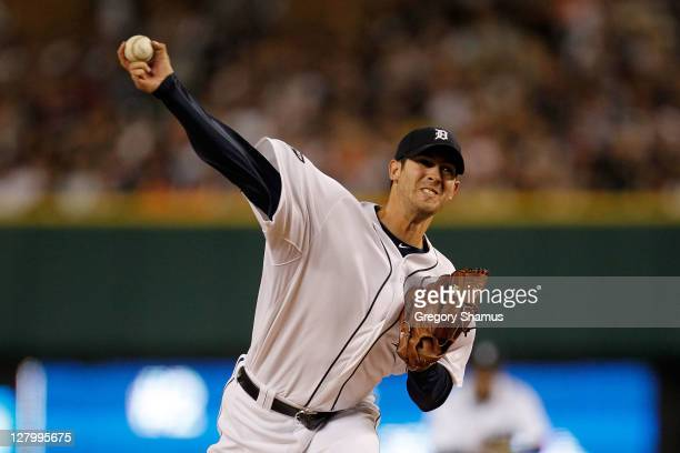 Rick Porcello of the Detroit Tigers throws a pitch against the New York Yankees in the first inning of Game Four of the American League Division...