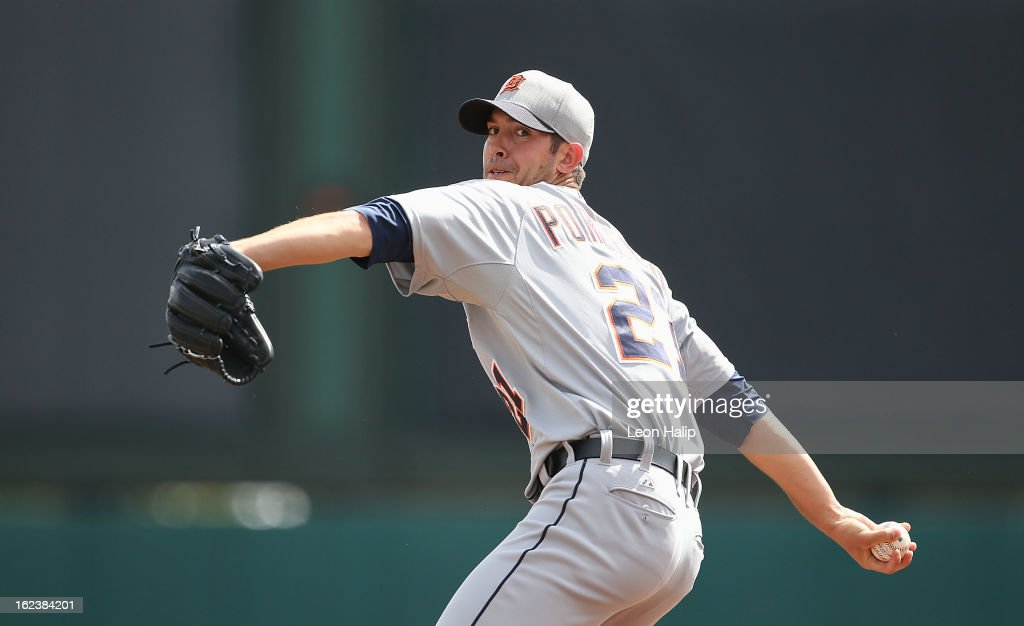 <a gi-track='captionPersonalityLinkClicked' href=/galleries/search?phrase=Rick+Porcello&family=editorial&specificpeople=4495644 ng-click='$event.stopPropagation()'>Rick Porcello</a> #21 of the Detroit Tigers warms up prior to the start of the game against the Atlanta Braves on February 22, 2013 in Lake Buena Vista, Florida.