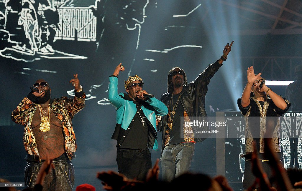 Rick Ross, Diddy, Uncle Snoop and French Montana perform onstage at the BET Hip Hop Awards 2013 at Boisfeuillet Jones Atlanta Civic Center on September 28, 2013 in Atlanta, Georgia.