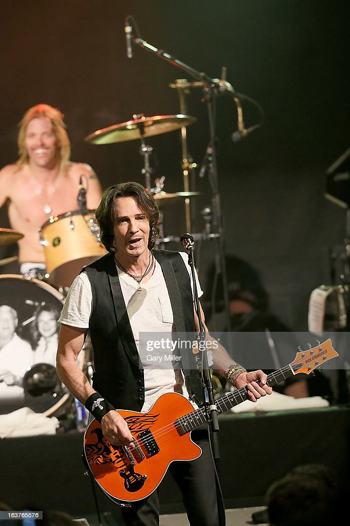 Rick Springfield (R) and Taylor Hawkins perform in concert at the Sound City showcase at Stubbs BBQ during the South By Southwest Music Festival on March 14, 2013 in Austin, Texas.