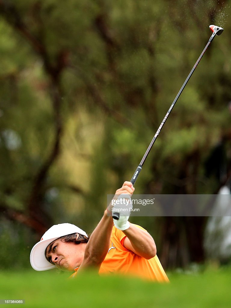 <a gi-track='captionPersonalityLinkClicked' href=/galleries/search?phrase=Rickie+Fowler&family=editorial&specificpeople=4466576 ng-click='$event.stopPropagation()'>Rickie Fowler</a> hits his tee shot on the 16th hole during the final round of the Tiger Woods World Challenge Presented by Northwestern Mutual at Sherwood Country Club on December 2, 2012 in Thousand Oaks, California.