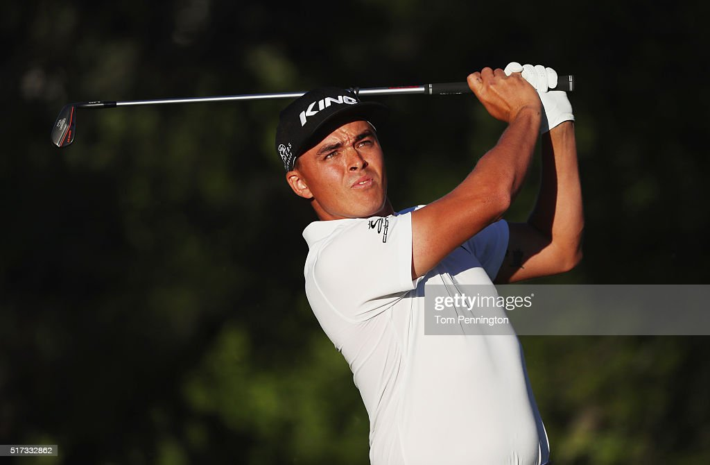 Rickie Fowler of the United States hits a tee shot on the 17th hole during the second round of the World Golf Championships-Dell Match Play at the Austin Country Club on March 24, 2016 in Austin, Texas.