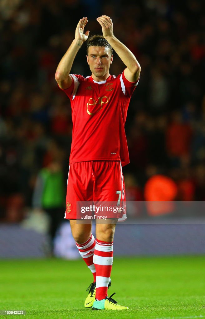 <a gi-track='captionPersonalityLinkClicked' href=/galleries/search?phrase=Rickie+Lambert&family=editorial&specificpeople=4124959 ng-click='$event.stopPropagation()'>Rickie Lambert</a> of Southampton applauds the fans at the final whistle during the Barclays Premier League match between Southampton and Fulham at St Mary's Stadium on October 26, 2013 in Southampton, England.