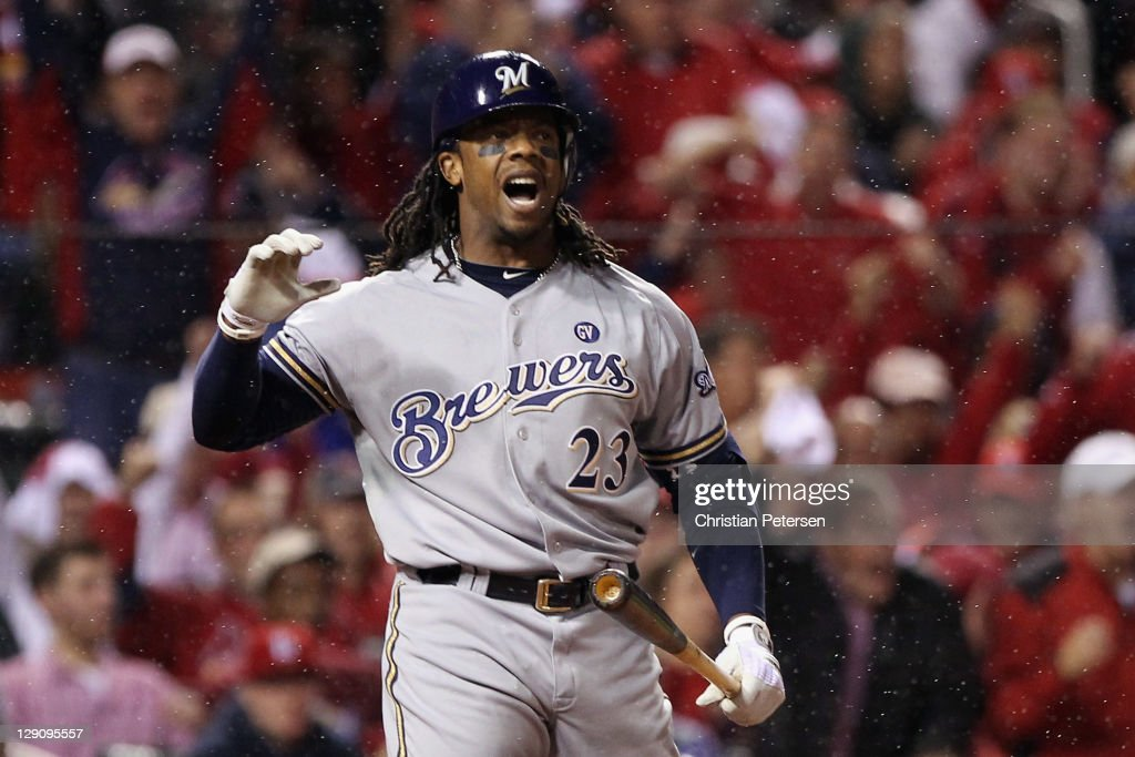 Milwaukee Brewers v St Louis Cardinals - Game 3
