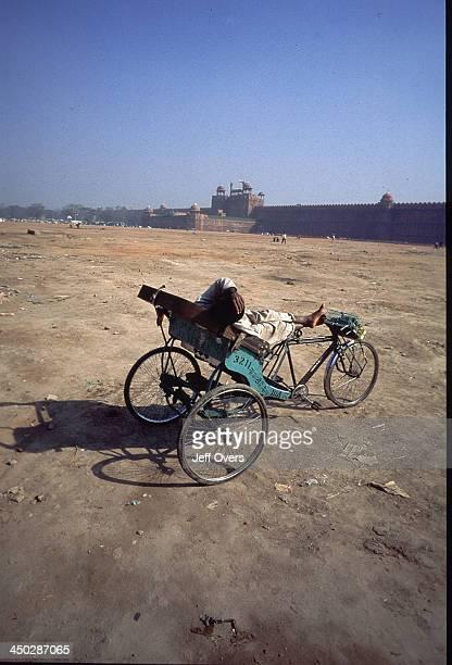 Rickshaw and Red Fort Delhi