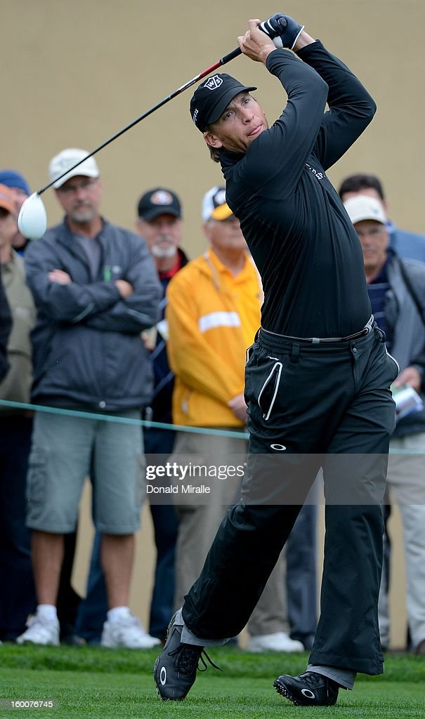 Ricky Barnes hits off the tee box during the first round at the Farmers Insurance Open at Torrey Pines North Golf Course on January 25, 2013 in La Jolla, California.