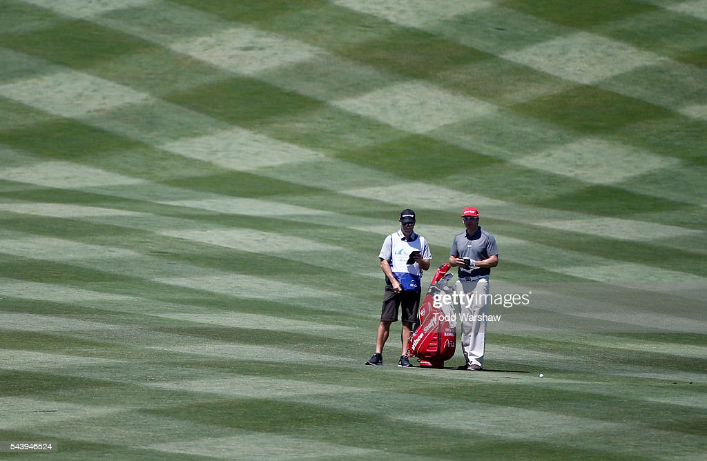 <a gi-track='captionPersonalityLinkClicked' href=/galleries/search?phrase=Ricky+Barnes&family=editorial&specificpeople=171822 ng-click='$event.stopPropagation()'>Ricky Barnes</a> prepares to play his shot on the first hole during the first round of the Barracuda Championship at the Montreux Golf and Country Club on June 30, 2016 in Reno, Nevada.