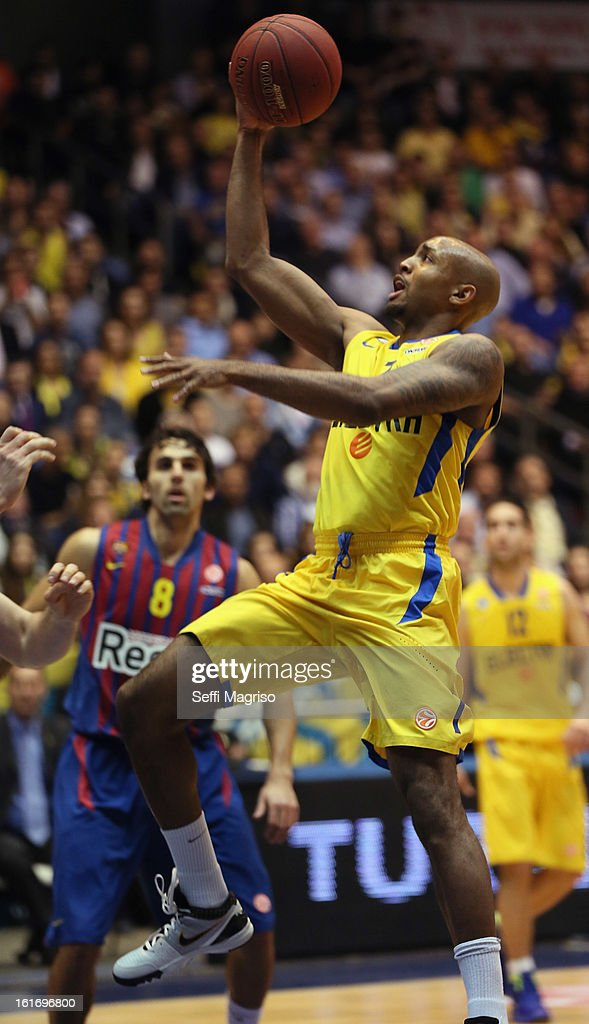 Ricky Hickman, #7 of Maccabi Electra Tel Aviv in action during the 2012-2013 Turkish Airlines Euroleague Top 16 Date 7 between Maccabi Electra Tel Aviv v FC Barcelona Regal at Nokia Arena on February 14, 2013 in Tel Aviv, Israel.
