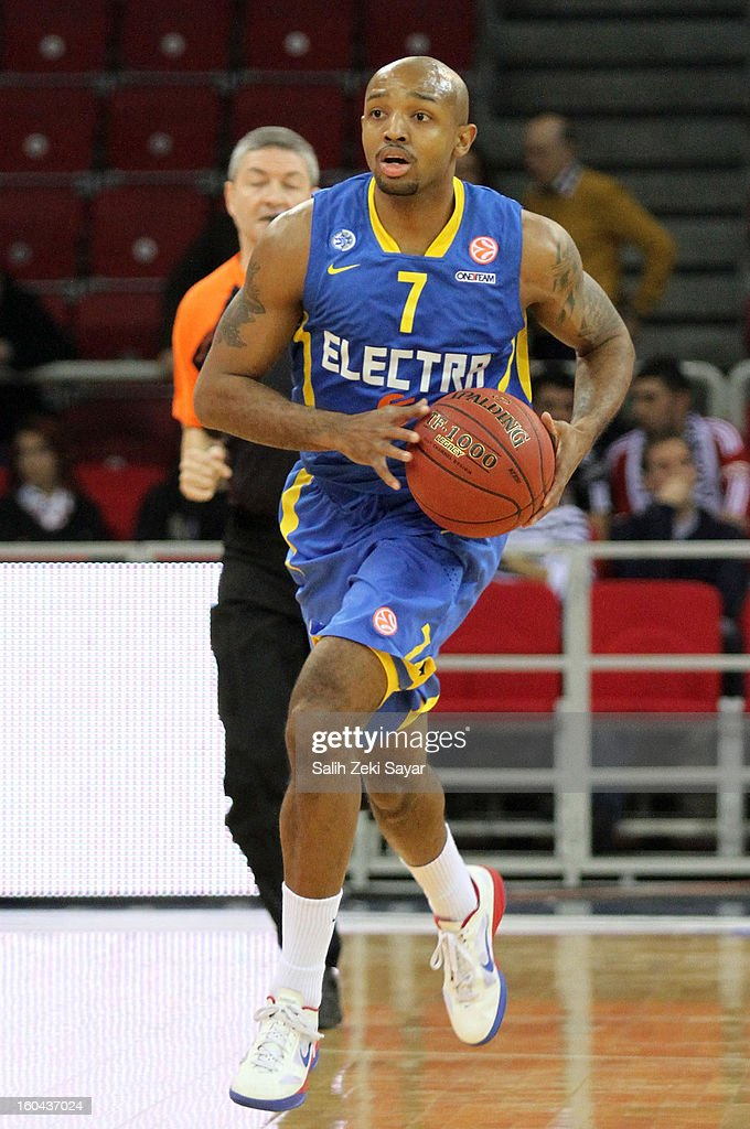 Ricky Hickman #7 of Maccabi Electra in action during the 2012-2013 Turkish Airlines Euroleague Top 16 Date 6 between Besiktas JK Istanbul v Maccabi Electra Tel Aviv at Abdi Ipekci Sports Arena on January 31, 2013 in Istanbul, Turkey.