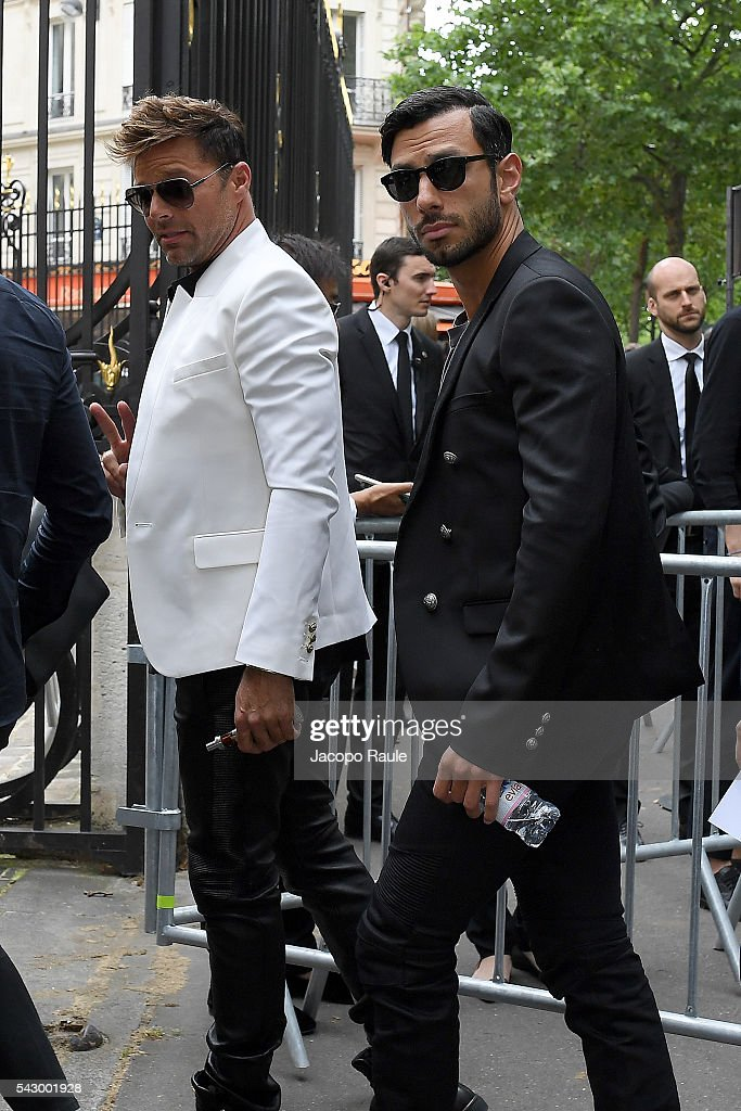 Ricky Martin and Jwan Yosef are seen arriving at Balmain SHow during Paris Fashion Week - Menswear Spring/Summer 2017 on June 25, 2016 in Paris, France.