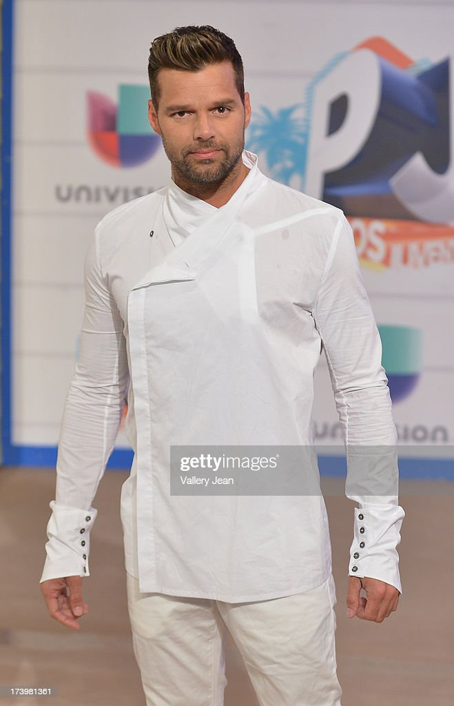 <a gi-track='captionPersonalityLinkClicked' href=/galleries/search?phrase=Ricky+Martin&family=editorial&specificpeople=160450 ng-click='$event.stopPropagation()'>Ricky Martin</a> arrives at Premios Juventud 2013 at Bank United Center on July 18, 2013 in Miami, Florida.