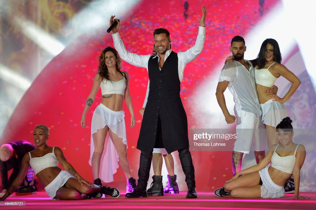 <a gi-track='captionPersonalityLinkClicked' href=/galleries/search?phrase=Ricky+Martin&family=editorial&specificpeople=160450 ng-click='$event.stopPropagation()'>Ricky Martin</a> performs on stage during the Lifeball 2014 at City Hall on May 31, 2014 in Vienna, Austria.