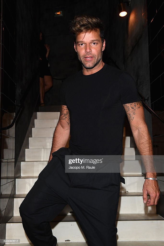 Ricky Martins attends the Balmain Menswear Spring/Summer 2017 after party as part of Paris Fashion Week at Les Bains on June 25, 2016 in Paris, France.