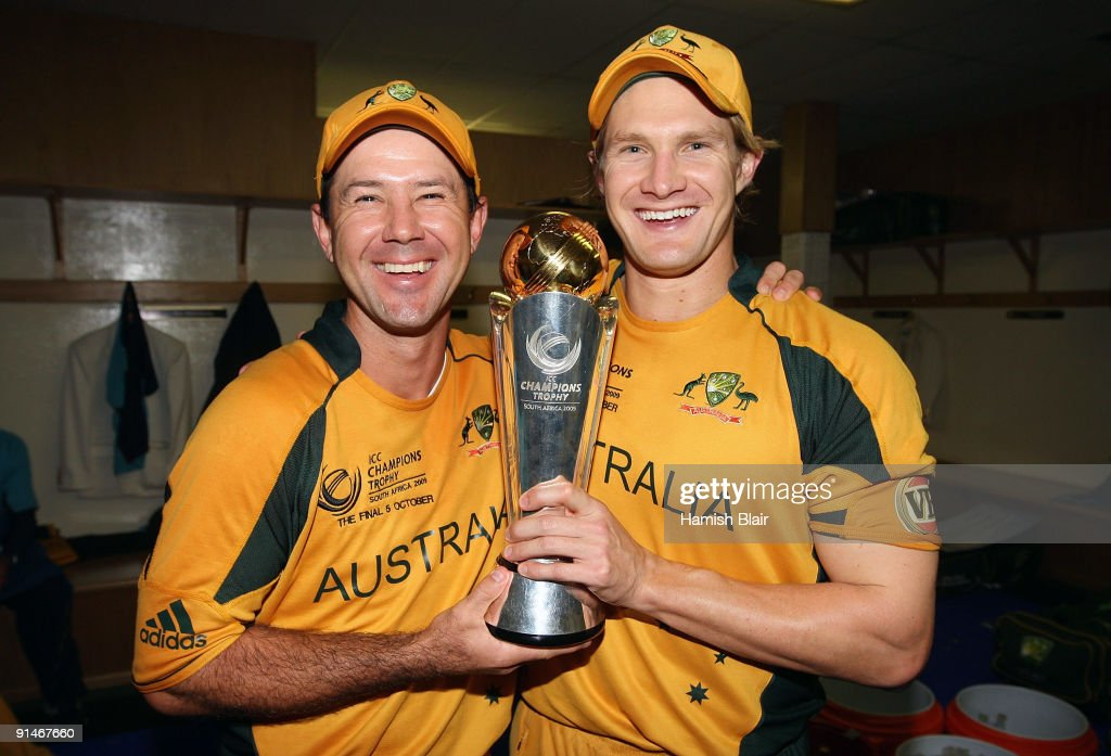 <a gi-track='captionPersonalityLinkClicked' href=/galleries/search?phrase=Ricky+Ponting&family=editorial&specificpeople=176564 ng-click='$event.stopPropagation()'>Ricky Ponting</a> (L) and <a gi-track='captionPersonalityLinkClicked' href=/galleries/search?phrase=Shane+Watson+-+Jogador+de+cr%C3%ADquete&family=editorial&specificpeople=171874 ng-click='$event.stopPropagation()'>Shane Watson</a> of Australia celebrate in the changing rooms with the trophy after the ICC Champions Trophy Final between Australia and New Zealand played at Supersport Park on October 5, 2009 in Centurion, South Africa.